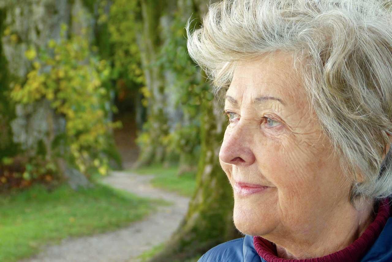 anziana signora