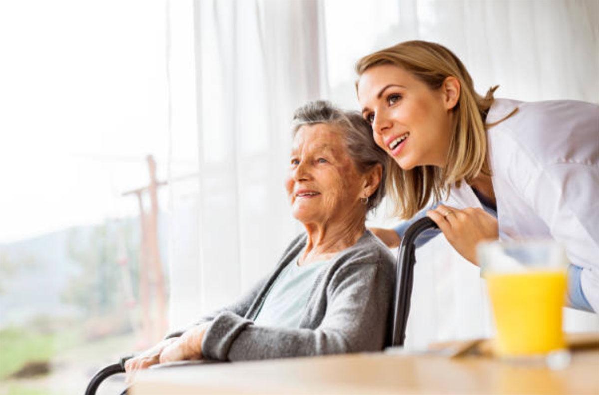 L'abbandono degli anziani: dal problema alla soluzione