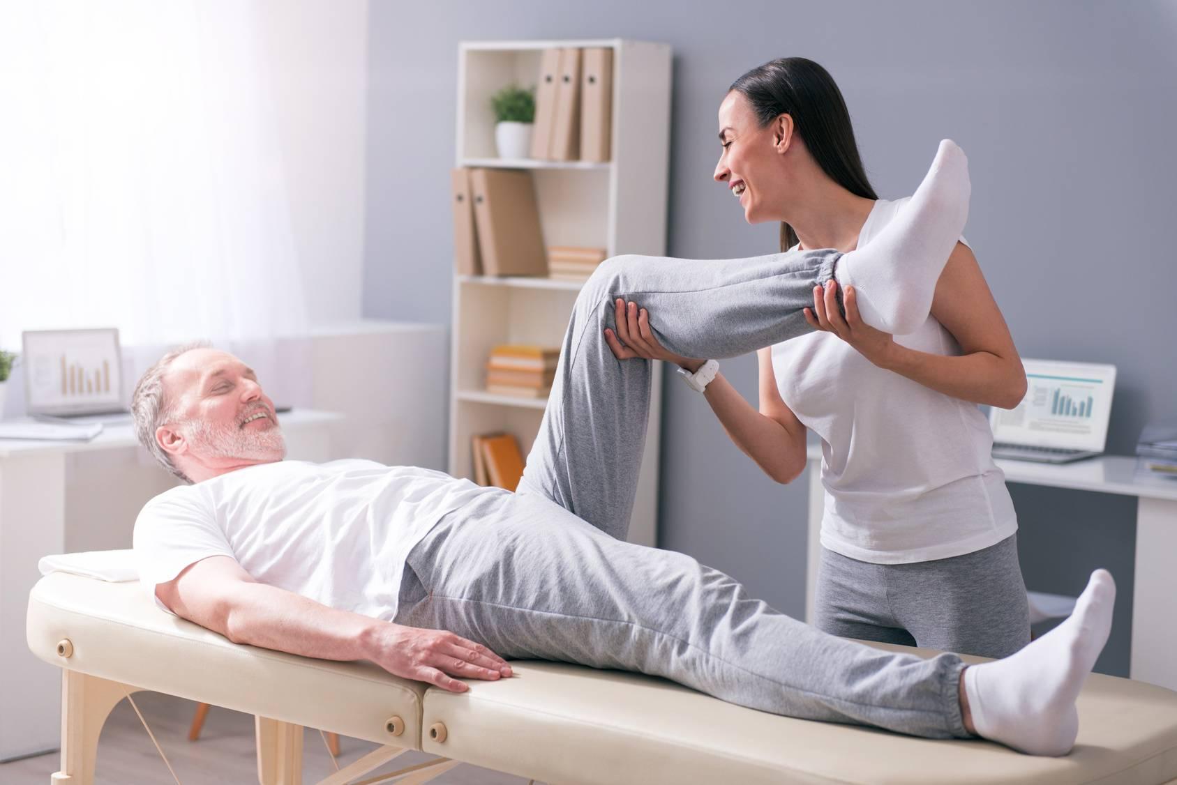 La fisioterapia per gli anziani: le informazioni di base